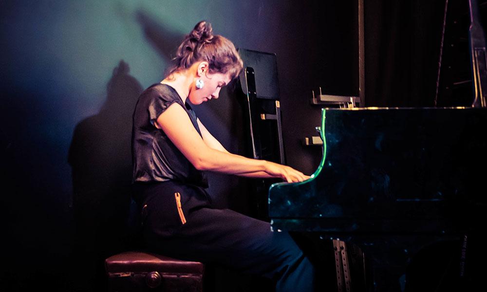 Photo of Kaja Draksla by Steven Cropper